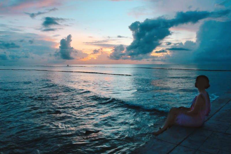 Ver amanecer en la playa en Riviera Maya