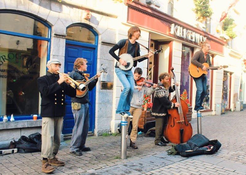 Artistas callejeros que ver en Galway
