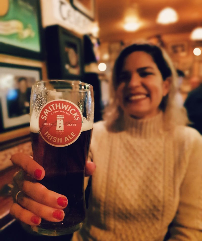 Disfrutando de mis pubs preferidos en Galway Irlanda