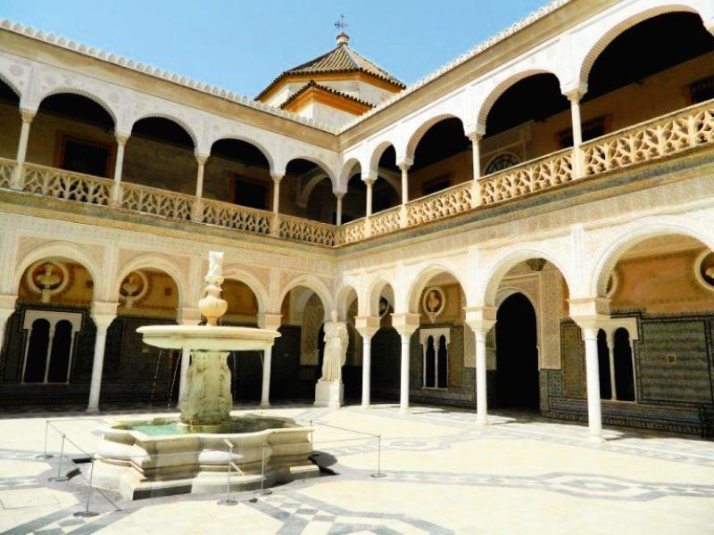 La Casa Pilatos, uno de los monumentos sevillanos más bonitos