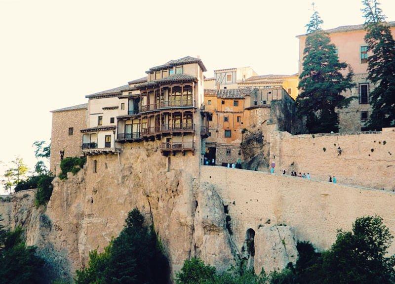 Las casas colgadas de Cuenca: excursiones desde Madrid