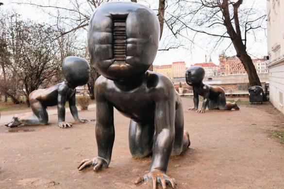 Los bebés sin cara del escultor David C.