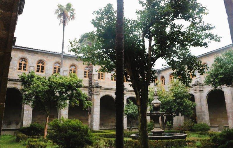 Monasterio de Poio y el Camino de Santiago