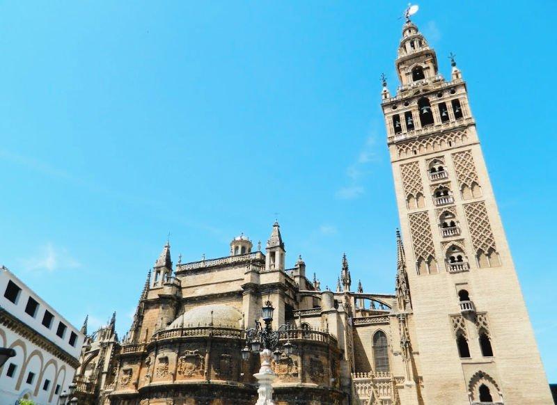 Monumentos más importantes que ver en Sevilla: Catedral y Giralda