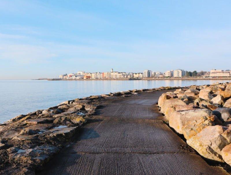 Qué ver en Galway: la playa de Salthill
