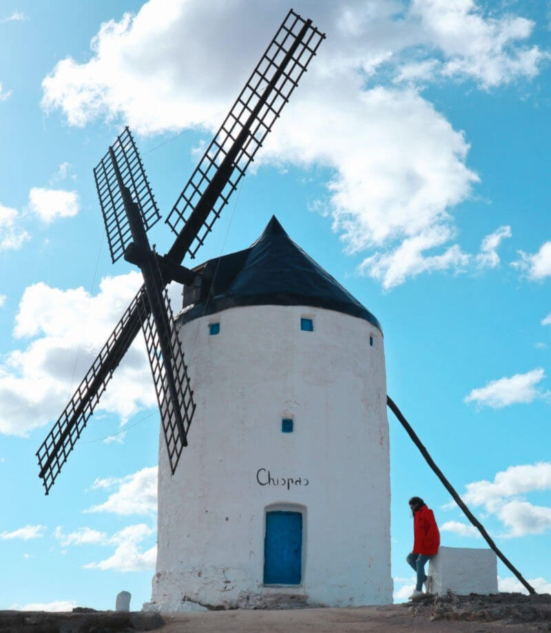Visitar los molinos de Consuegra, como Don Quijote de la Mancha