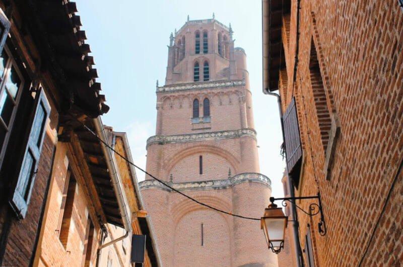 La torre de la imponente catedral de Albi