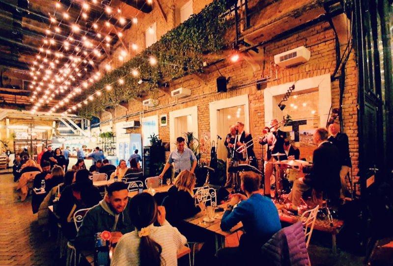 Mazel Tov, el mejor restaurante para cenar en Budapest