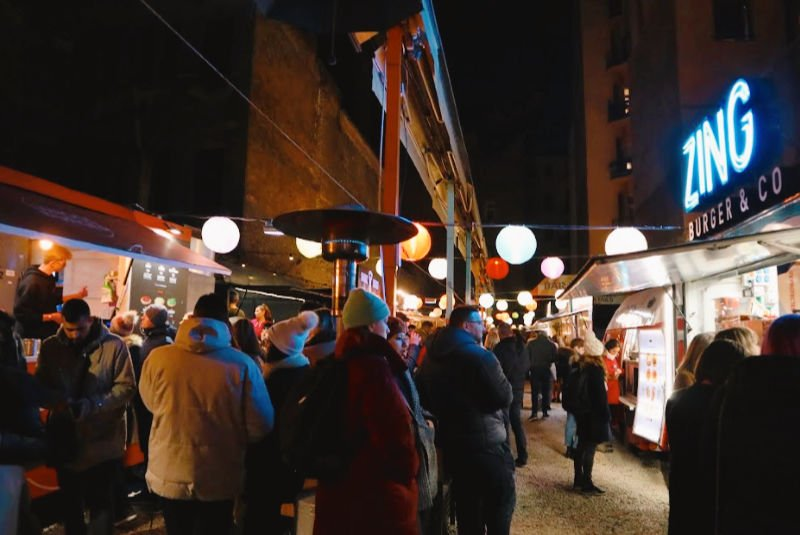 Mercado de comida callejera junto al Szimpla Kert