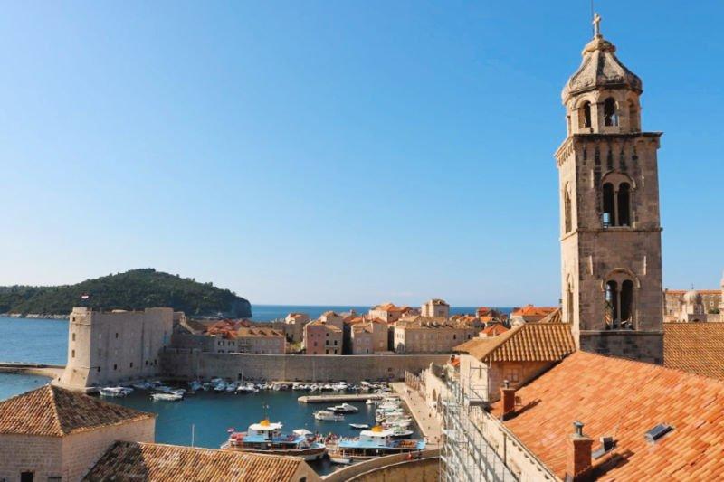 Vistas del Puerto Viejo de la ciudad croata