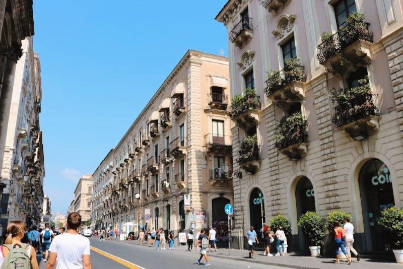 La Via Etnea de Catania