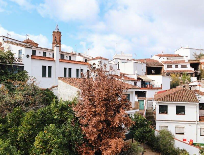 Fuenteheridos, el pueblo del agua en Huelva