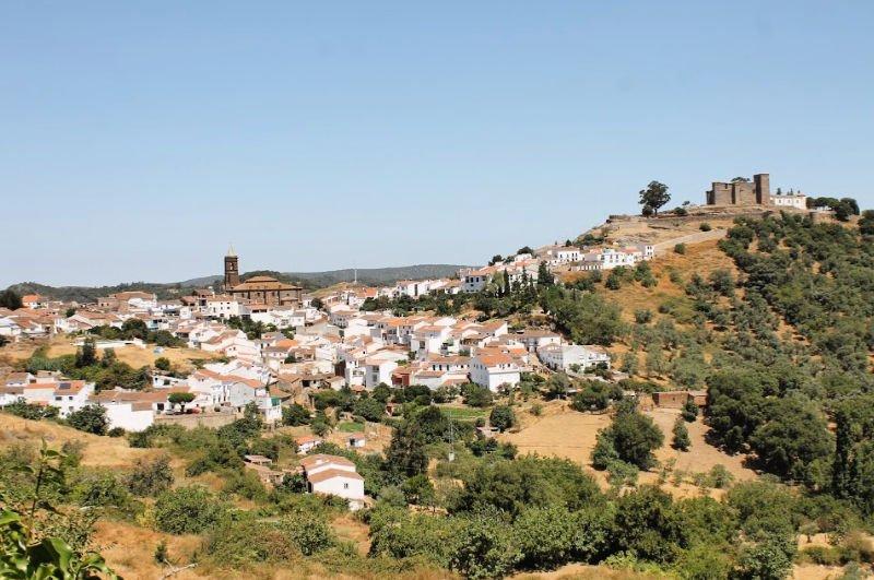 Los mejores pueblos que visitar en la Sierra de Aracena: Cortegana