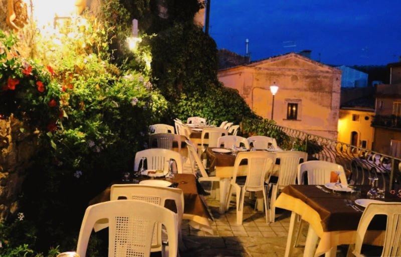 Quattro Gatti - Cenar en Sicilia