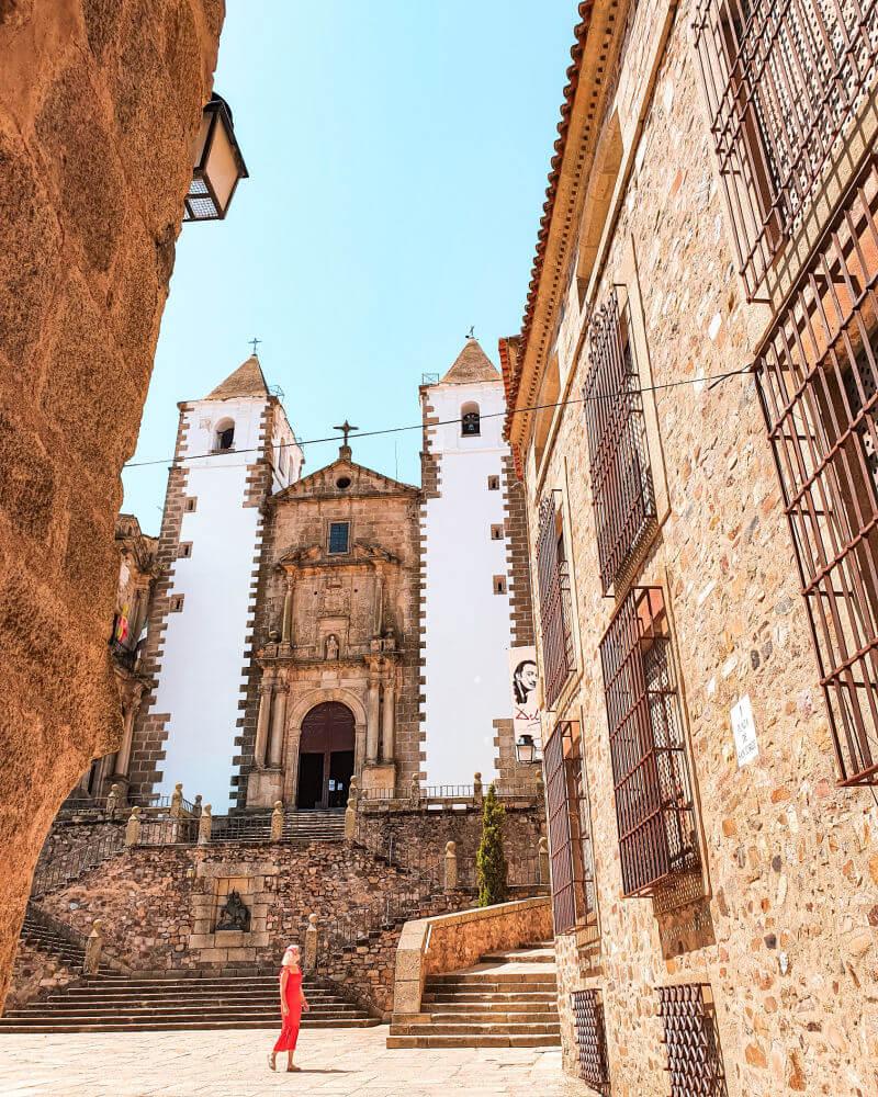 La Plaza de San Jorge escenario de Juegos de Tronos en Cáceres