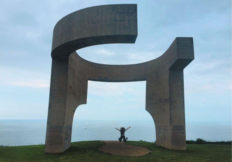 Elogio del Horizonte de Chillida en Gijón - Ruta por la costa de Asturias en coche
