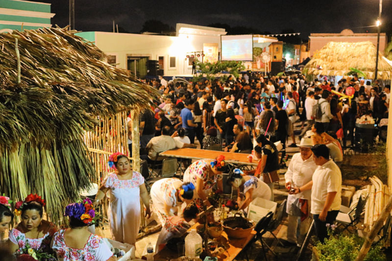 Ambiente en las calles de México la Noche de los Muertos