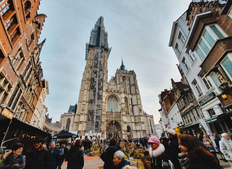 La Catedral de Amberes, uno de los lugares que visitar