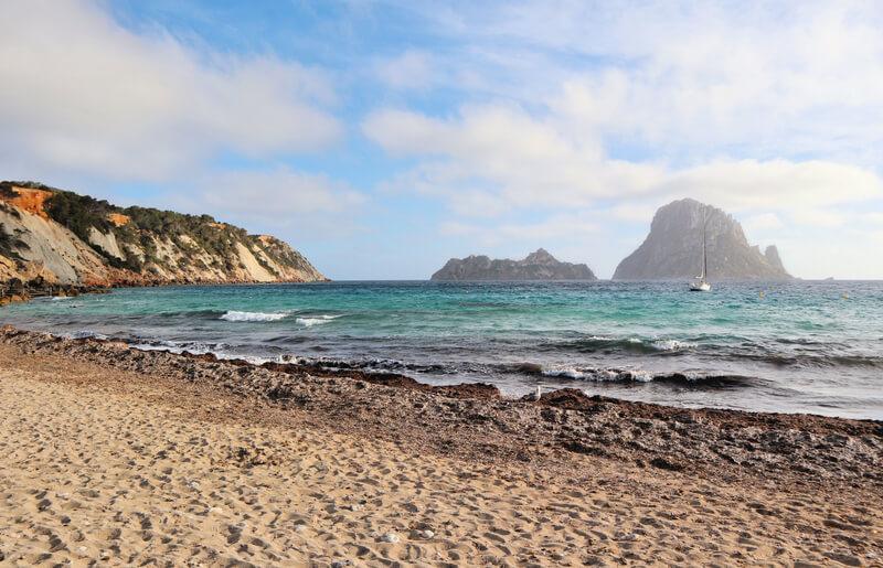 Cuáles son las playas más bonitas de Ibiza y las mejores calas