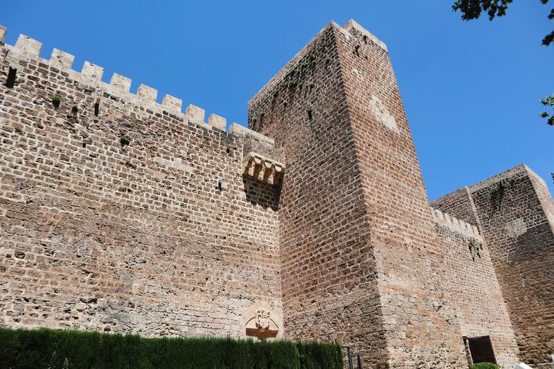 Monumentos más importantes de Priego: el castillo