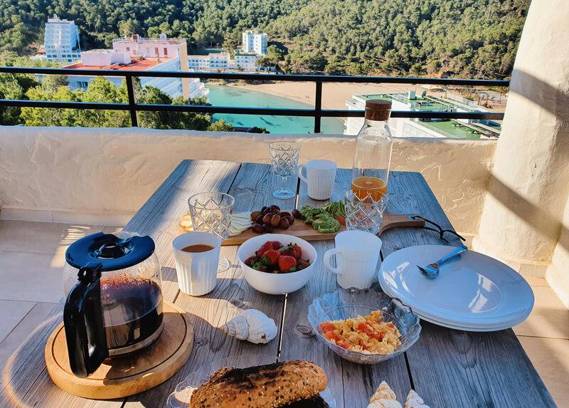 Apartamento con vistas al mar en Ibiza
