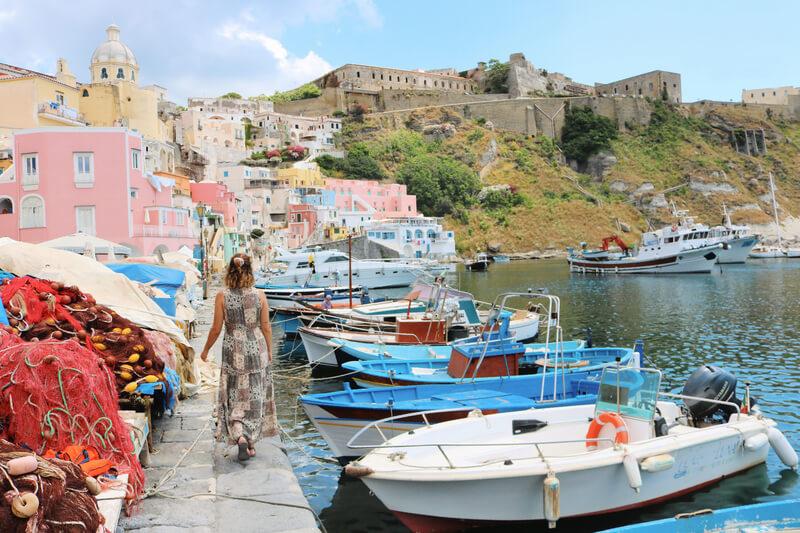 Marina Corricella, el pueblo de pescadores que ver en Procida